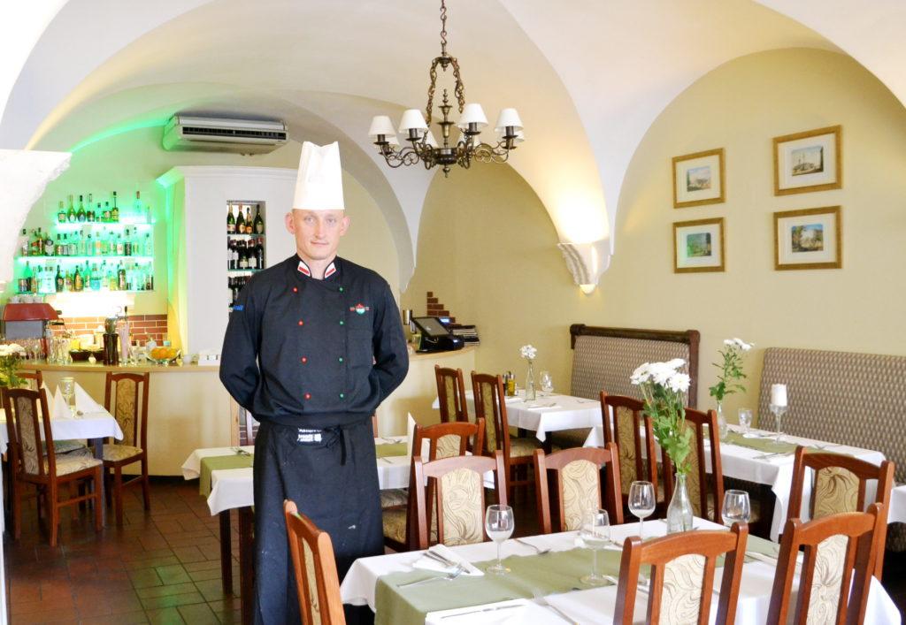 Znalezione obrazy dla zapytania restauracja kamienne schodki warsaw food